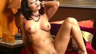 Fantastic girl lana lopez is showing her awesome..