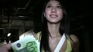 Young model mona earns her money by making..